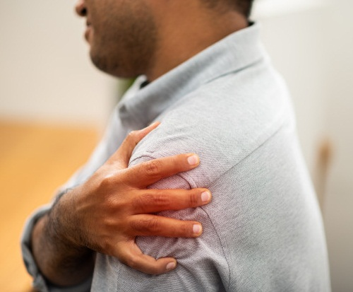 Shoulder Injury: How To Deal With It?